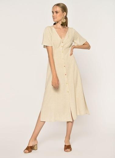 58d61f18ada32 Loves You Kolları Volanlı V Yaka Düğmeli Keten Gömlek Elbise Bej ...